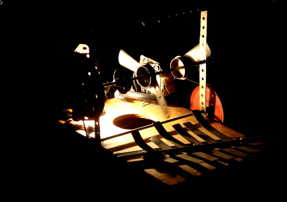 Engins/Instrument présenté à l'expo EXIT - Low Tech / Photo W. Aparicio